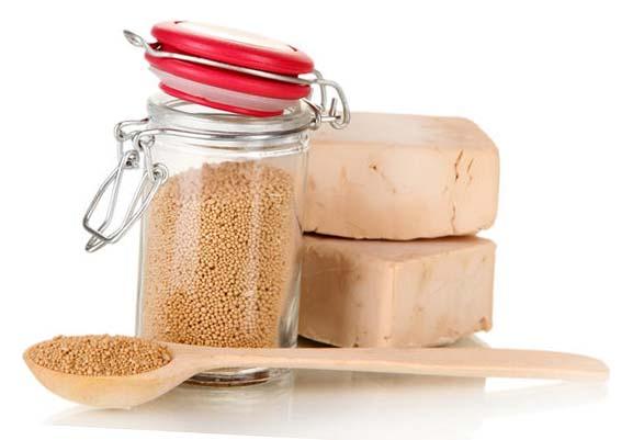 удобрение для огурцов из сахара и дрожжей